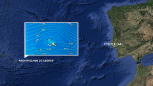 A skipper discovers 100,000-years-old submerged pyramid near the Azores 1