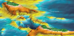 A skipper discovers 100,000-years-old submerged pyramid near the Azores 2